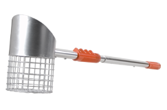 Beachmaster 2 in 1 Adjustable Handle Scoop (1 Qt. Capacity)
