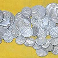 ancient-roman-coins-treasure-1