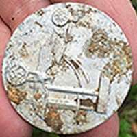 metal-detecting-middle-age-ruins-1100-ad-1