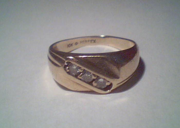at-pro-finds-diamond-ring-1
